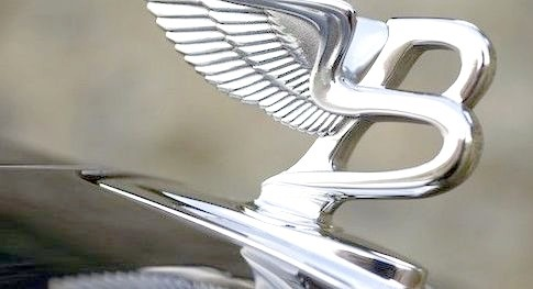 Bentley Brooklands Hood Ornament(Bentley)