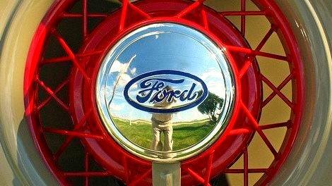 35 Ford Model 48 Deluxe Phaeton