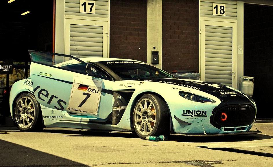 Aston Martin V12 Zagato GT3